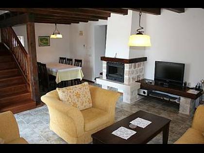 6024 - Mirca - Hiše za počitek, vile Hrvaška - H(6+2): dnevna soba