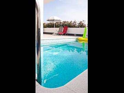 Luksuzne vile - Villa 8019