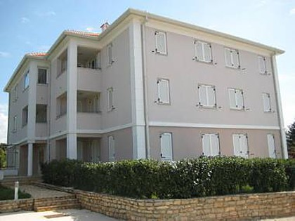 2366 - Umag - Apartments Croatia