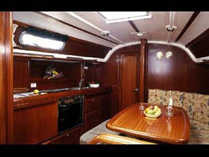 Bavaria 36 Cruiser (code:PLA 390) - Trogir - Charter boten Kroatië - Bavaria 36 Cruiser (code:PLA 390):