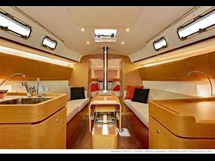 Beneteau First 35 (code:PLA 610) - Kastel Gomilica - Charter boten Kroatië - Beneteau First 35 (code:PLA 610):