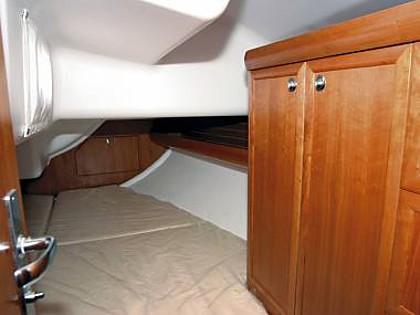 Elan 37 (code:CRY 240) - Kastel Gomilica - Charter boten Kroatië - Elan 37 (code:CRY 240):