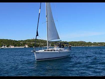 Hunter 41 (CBM Realtime) - Šibenik - Charter plovila Hrvaška - Hunter 41 (CBM Realtime):