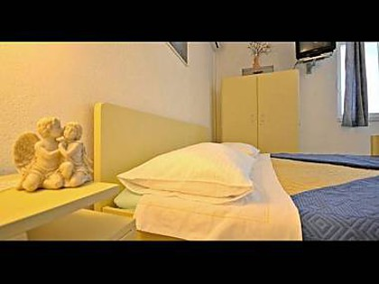 Studio apartment A1 (3): interior