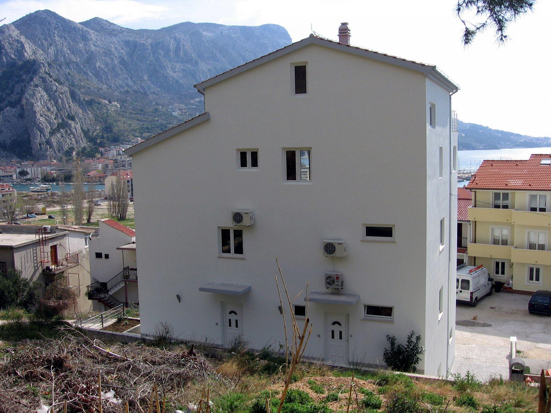 A00509OMIS - Omis - Appartementen Kroatië