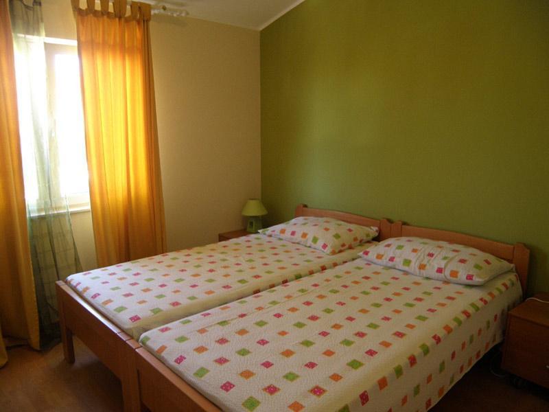 7884  - Jezera - Apartments Croatia - A1(2+2): bedroom