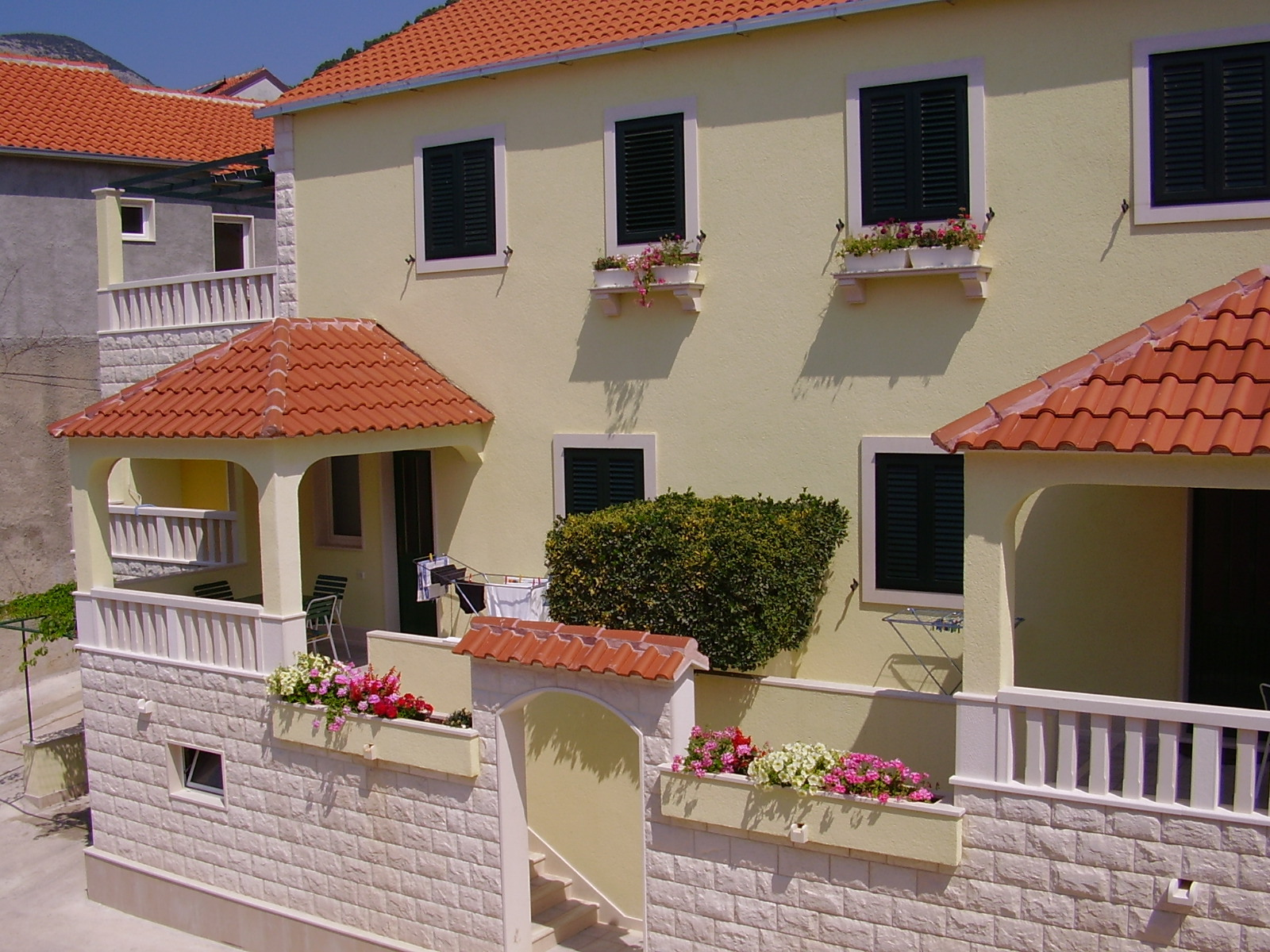 Apartments, Bol, Island of Brač - Apartments  Josi
