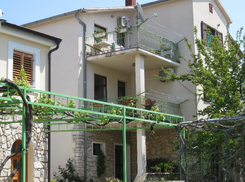 01610BETI - Betina - Apartments Croatia