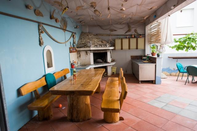 001TROG - Trogir - Appartements Croatie - barbecue (maison et environs)