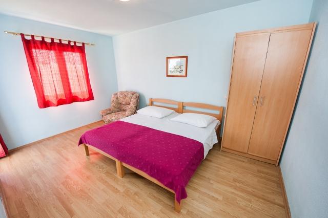 001TROG - Trogir - Appartements Croatie - A2(2+2): chambre à coucher