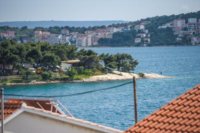 001TROG - Trogir - Appartements Croatie - A2(2+2): vue de la terrasse