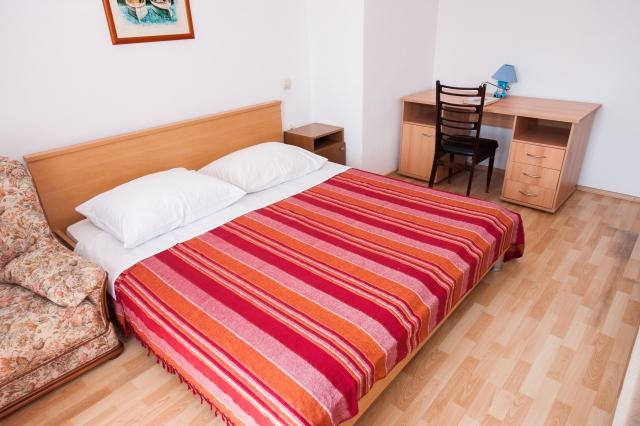 001TROG - Trogir - Appartements Croatie - A3(2+2): chambre à coucher