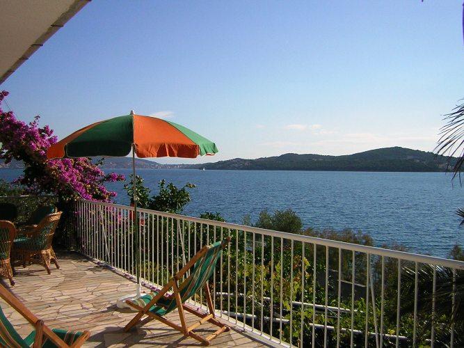 8049 - Seget Vranjica - Vakantiehuizen, villa´s Kroatië