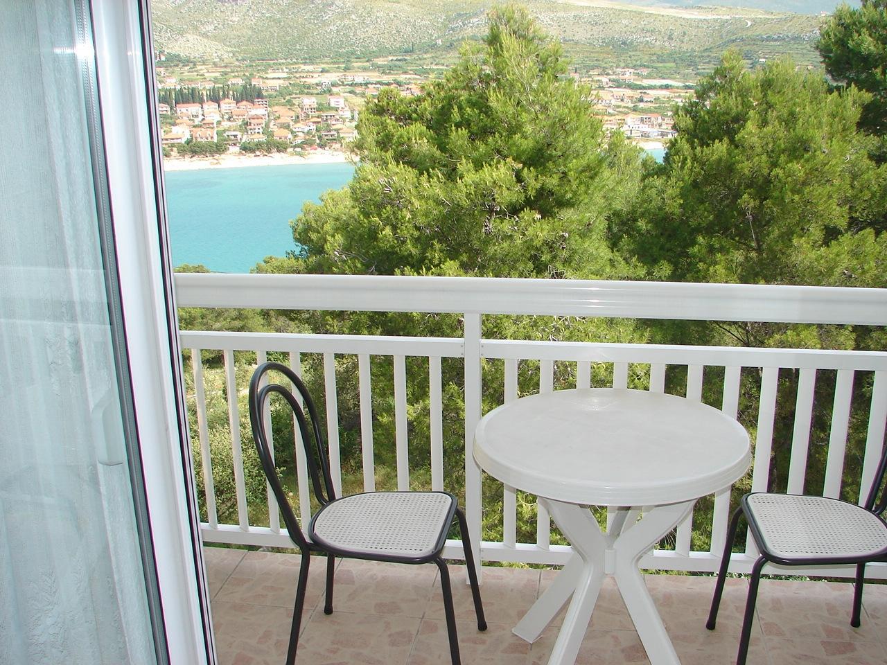 Apartments, Trogir, Trogir and surroundings - Apartments  Mara - barbecue: