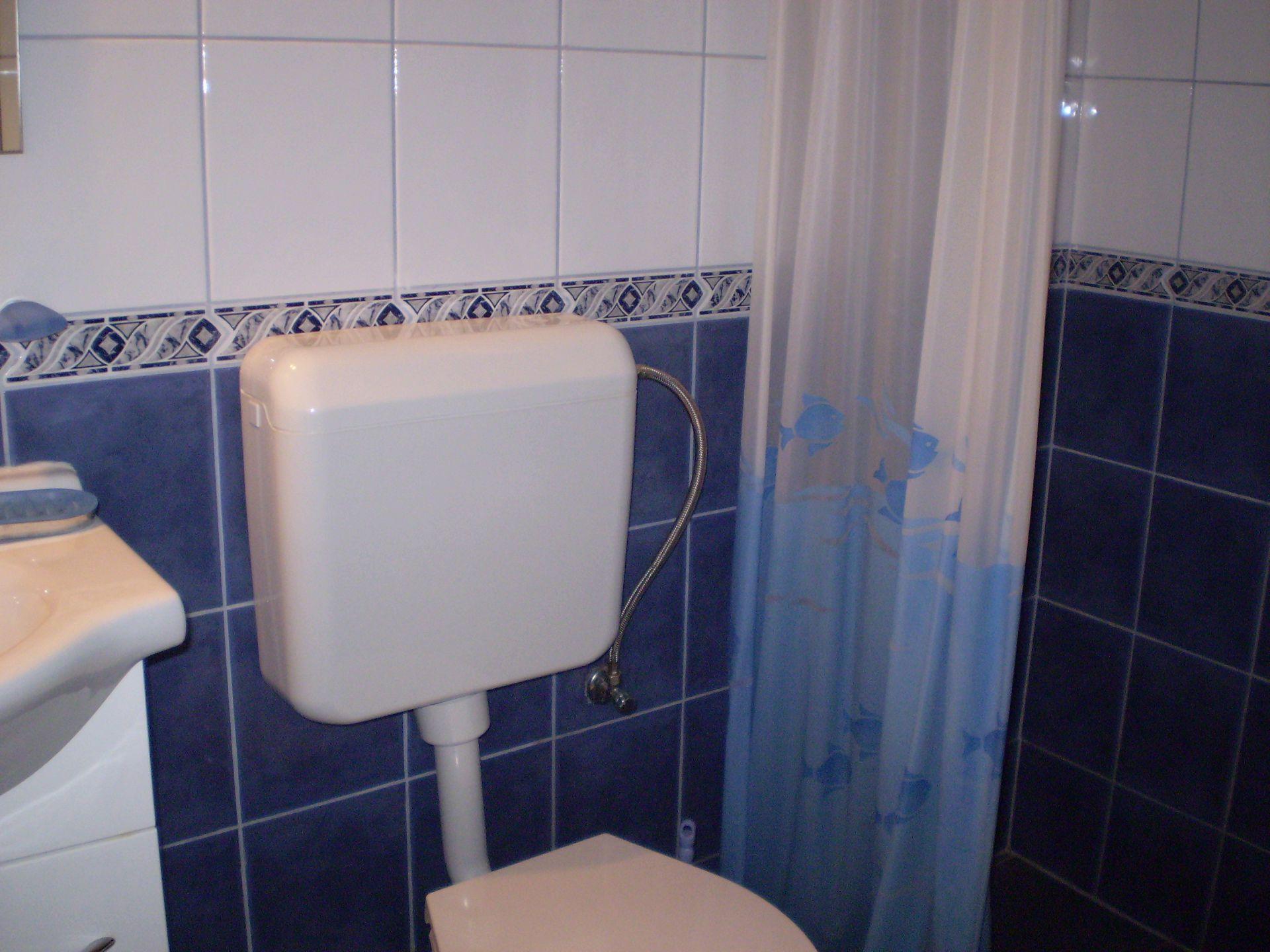 003SUCU  - Sucuraj - Appartementen Kroatië - A15(3+2): badkamer met toilet