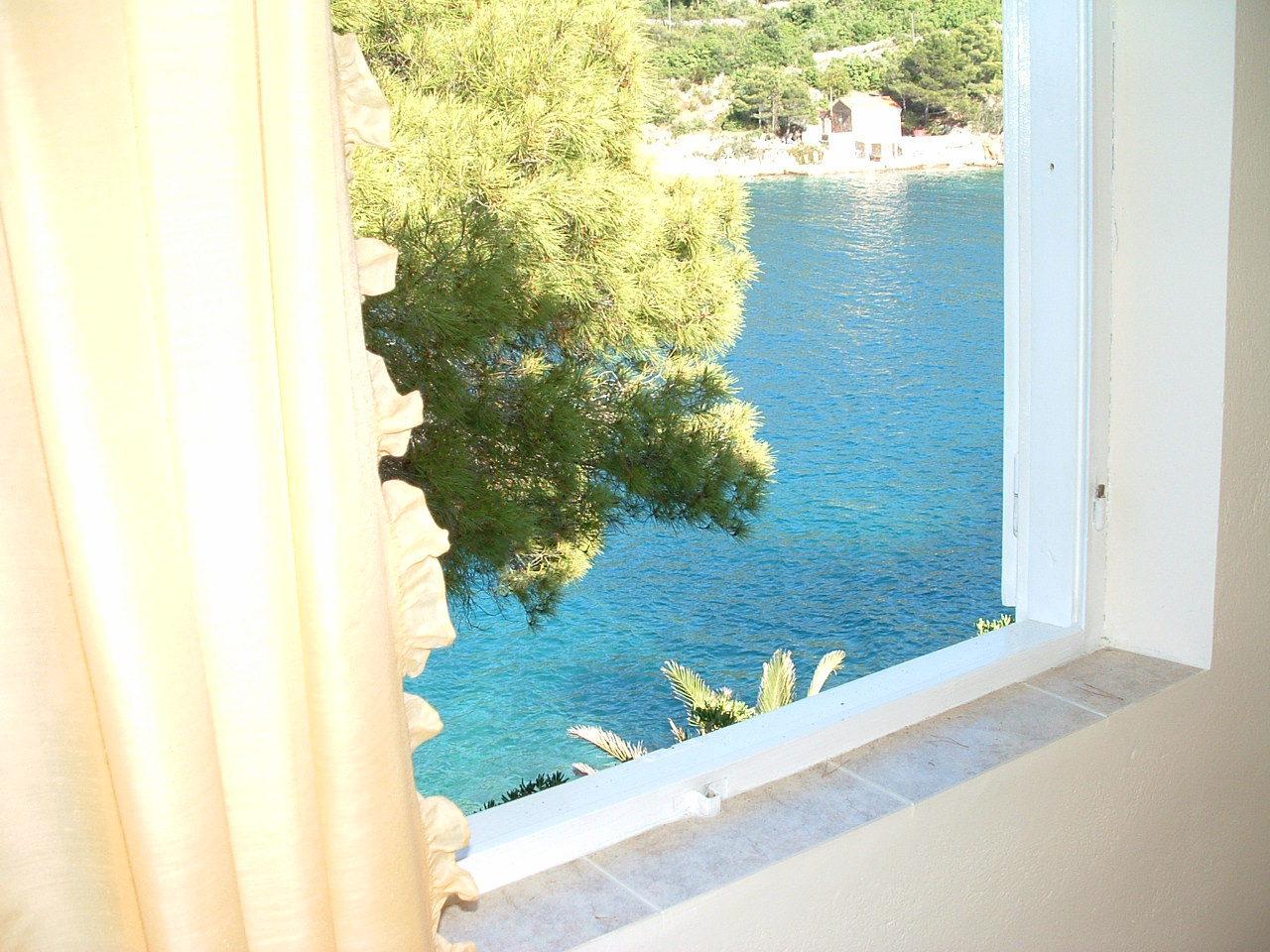 00104USTO  - Baia Stoncica (Vis) - Case vacanze, ville Croazia - H(4): lo sguardo dalla finestra