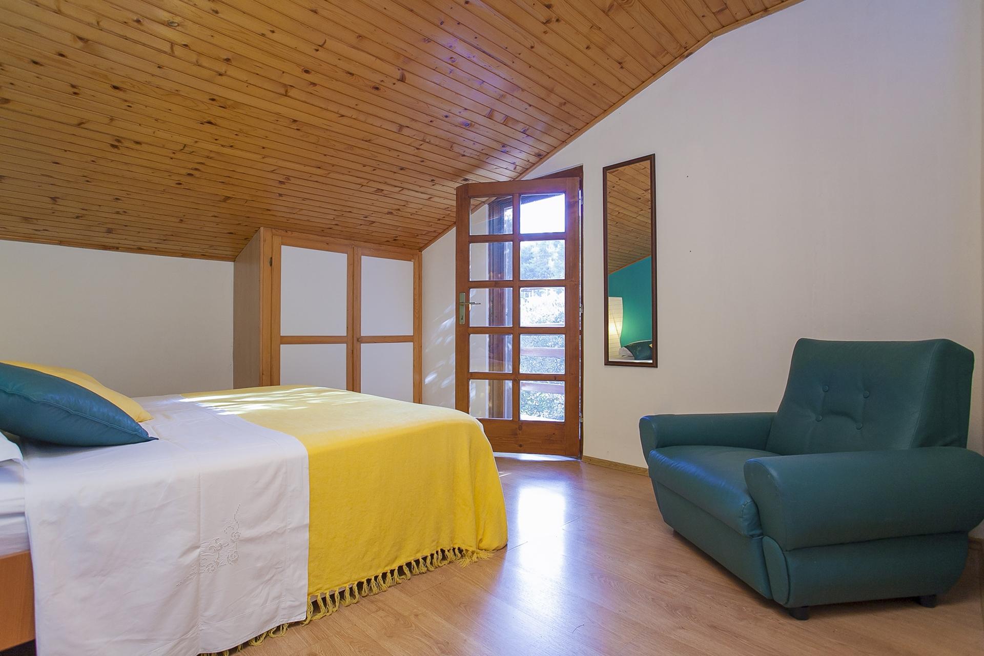 B1214VLUK  - Öböl Picena (Vela Luka) - Nyaralóházak Horvátország - H(6): hálószoba