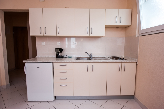 001TROG - Trogir - Appartements Croatie - A6(2+2): cuisine
