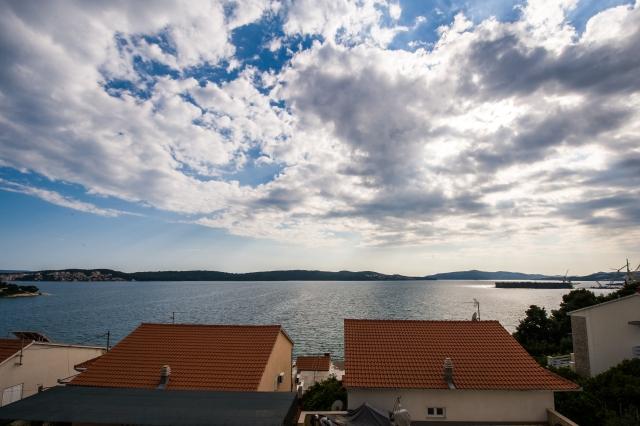 001TROG - Trogir - Appartements Croatie - A6(2+2): vue de la terrasse