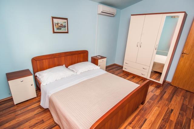 001TROG - Trogir - Appartements Croatie - A7(2+2): chambre à coucher