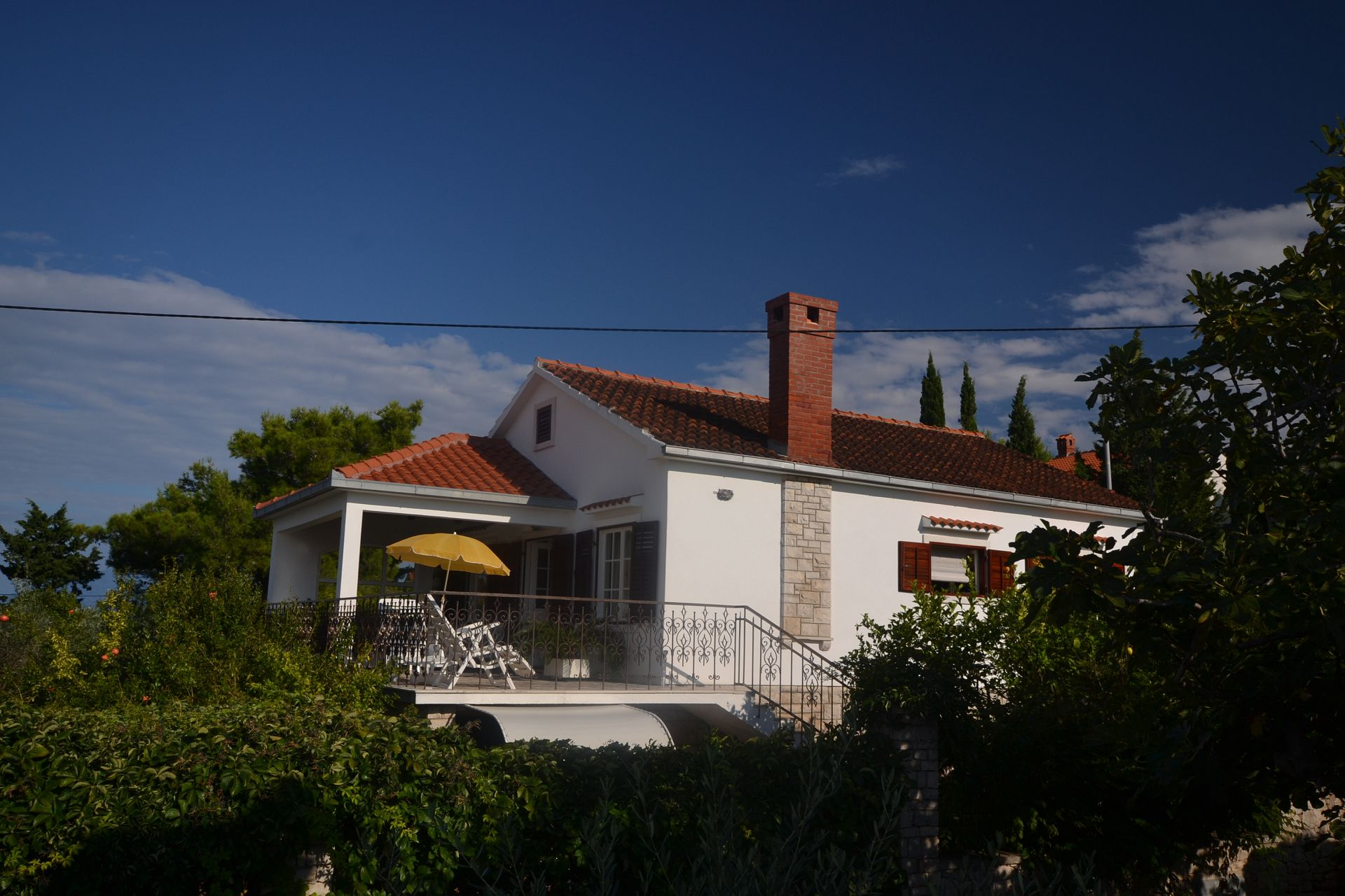 8142 - Splitska - Apartments Croatia