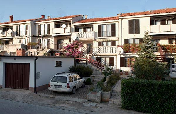2177  - Pula - Apartments Croatia