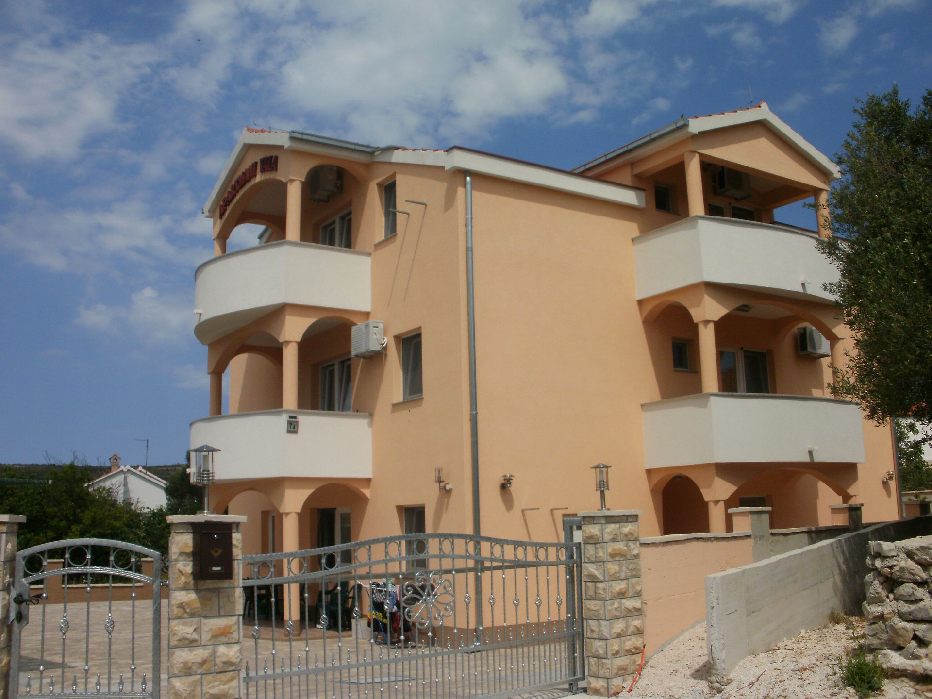 5673 - Vinisce - Apartments Croatia