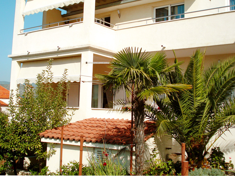 2405 - Trogir - Apartments Croatia