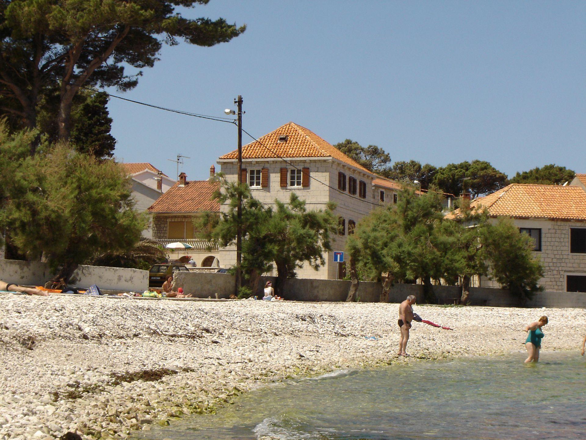01501SUTI - Sutivan - Appartements Croatie - plage
