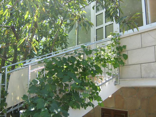 2190 - Povlja - Ferienwohnungen Kroatien - Treppenhaus