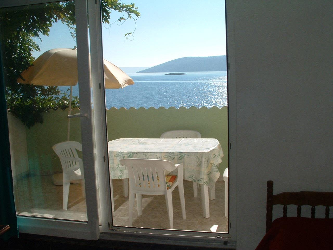Ante Č - Vinisce - Appartementen Kroatië - A2(2+2): overdekt terras
