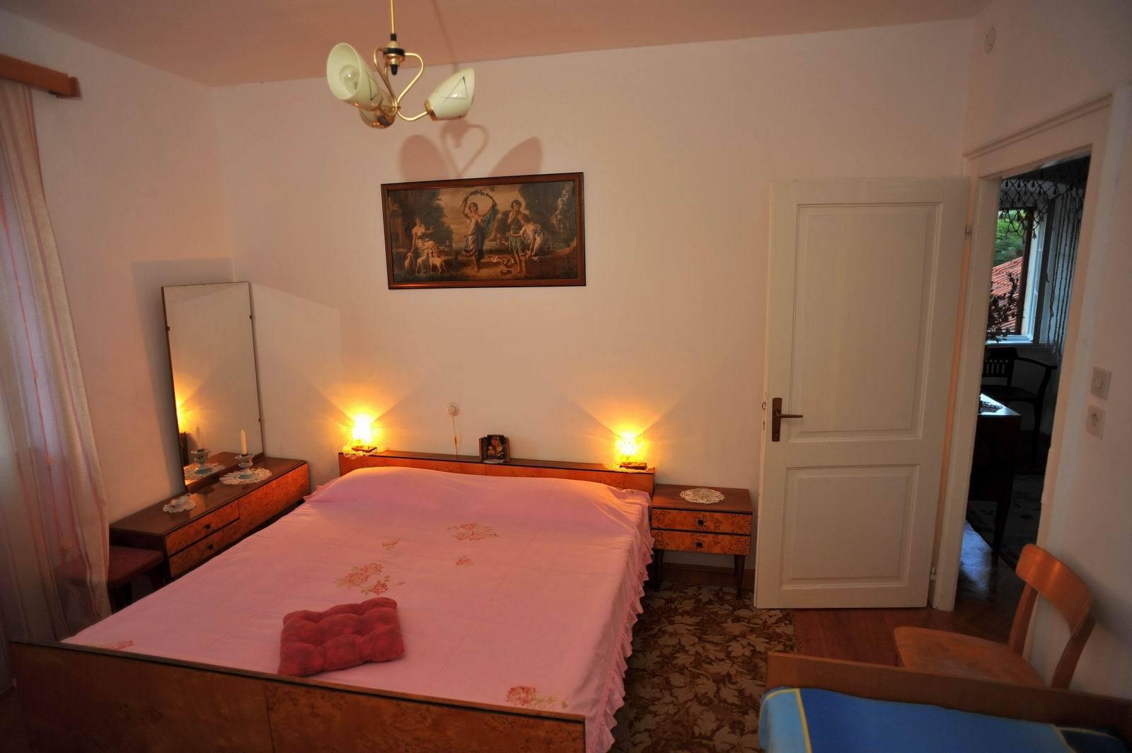 01501SUTI - Sutivan - Appartements Croatie - A3(6): chambre à coucher