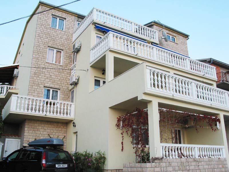 5029 - Tisno - Appartements Croatie