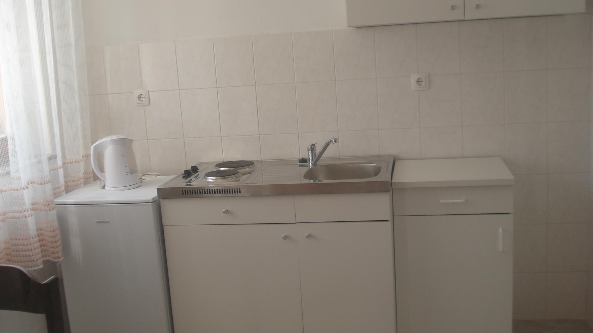 Biserka - Pag - Ferienwohnungen Kroatien - A2(2+2): Küche