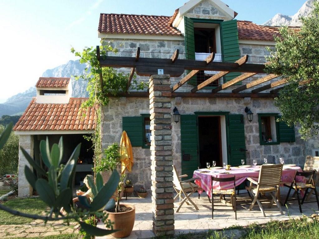 8012 - Makarska - Maisons de repos, villas Croatie