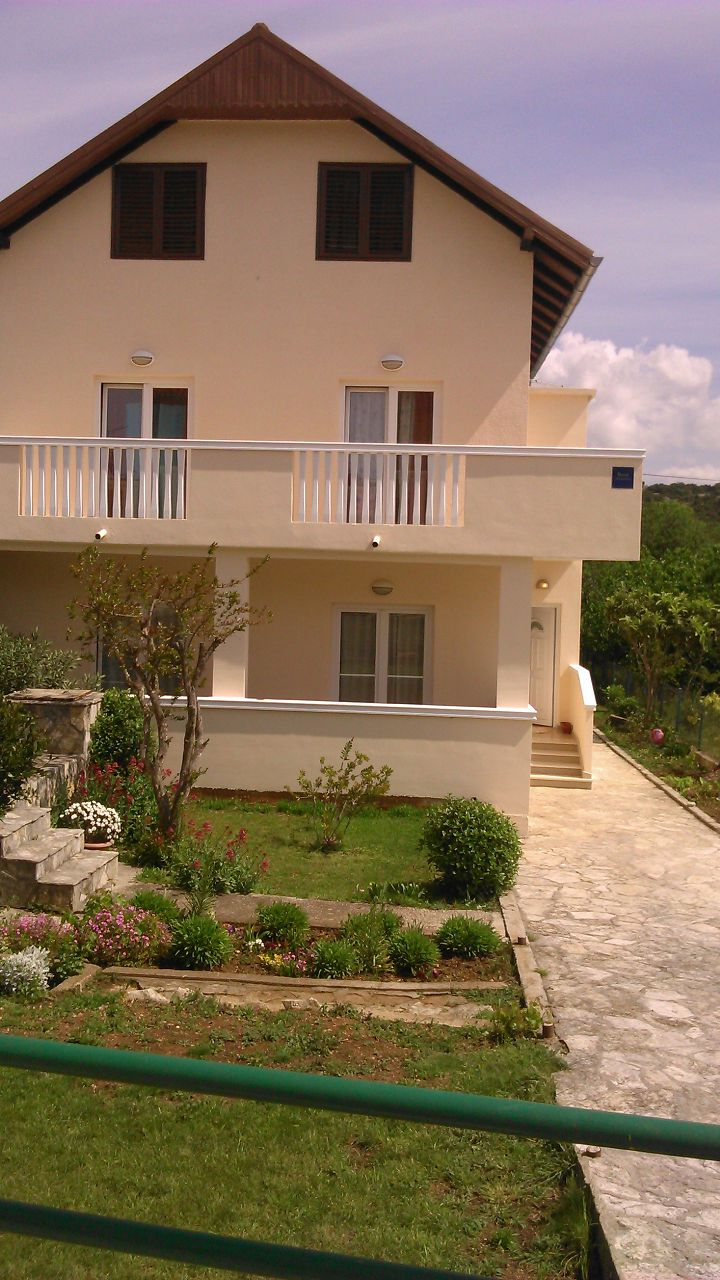 Ivica - Tisno - Apartments Croatia