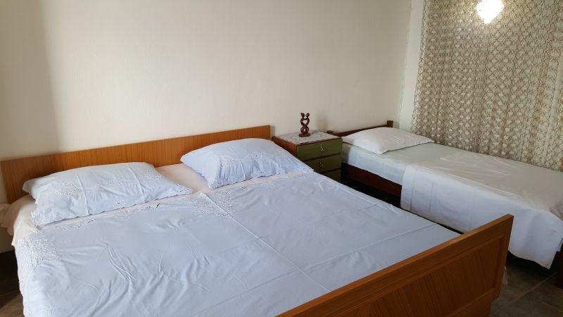 Nina - Celina Zavode - Appartementen Kroatië - A3(5): slaapkamer