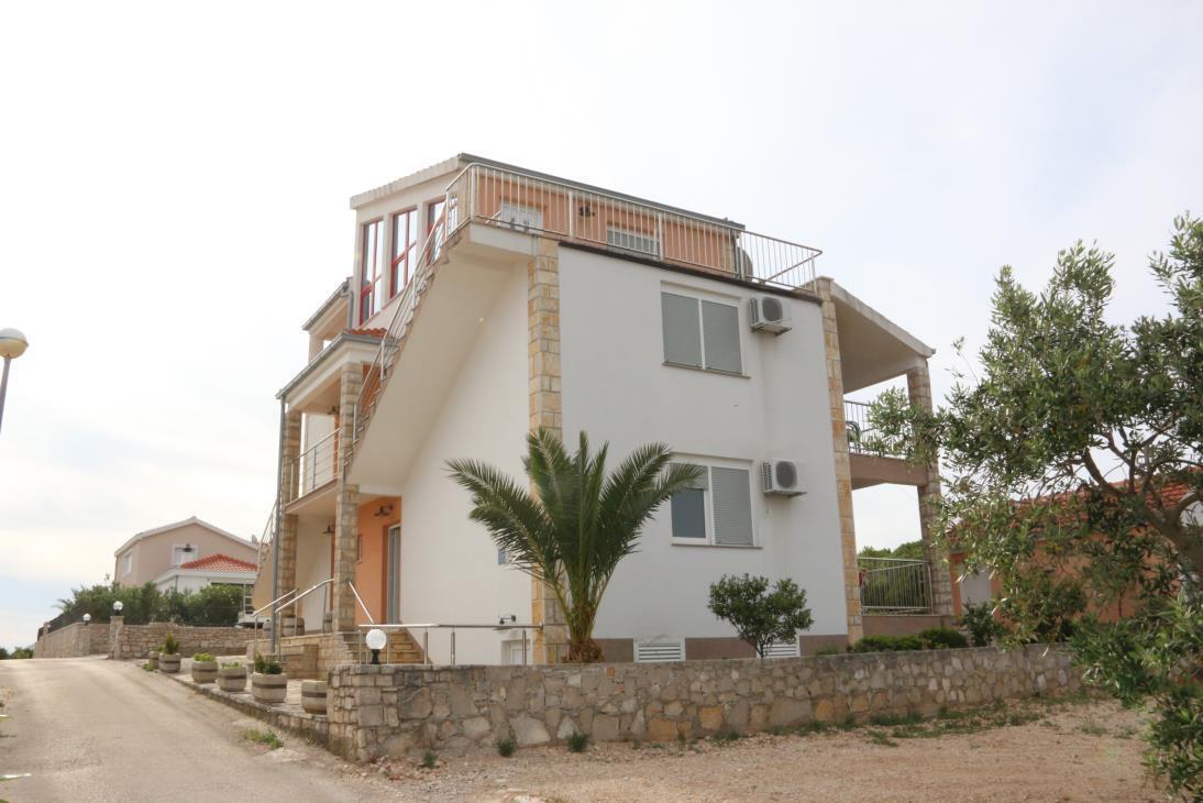 35542  - Necujam - Apartmanok Horvátország