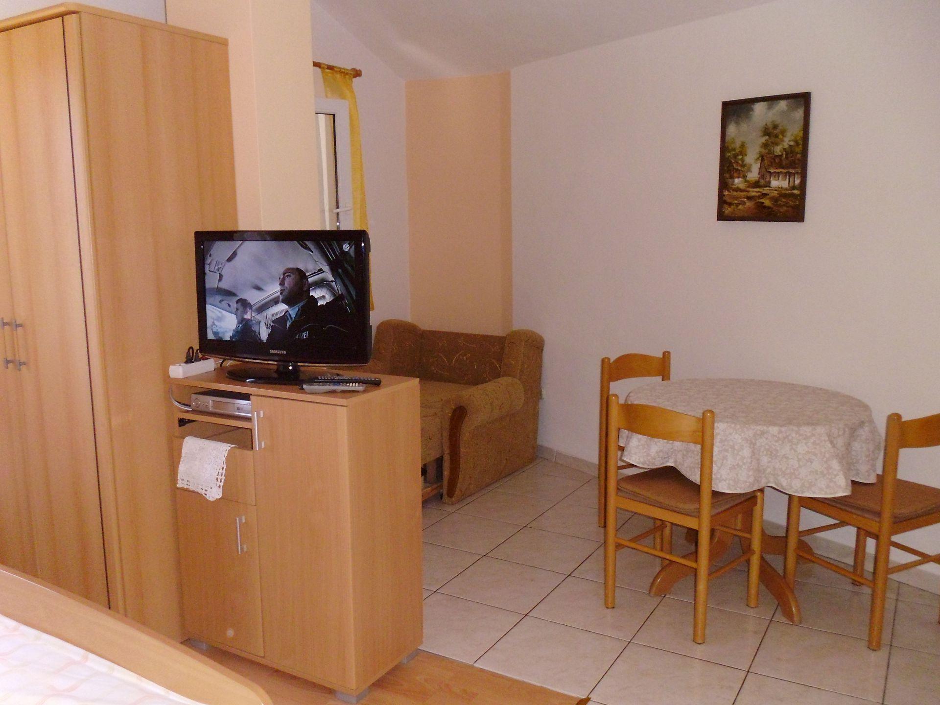 A00106PIRO - Pirovac - Ferienwohnungen Kroatien - SA1(2+1): Innenausstattung