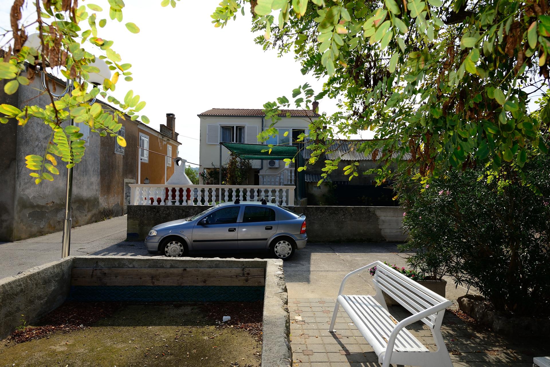 Martin - Lukoran - Vakantiehuizen, villa´s Kroatië - parkeerplaats