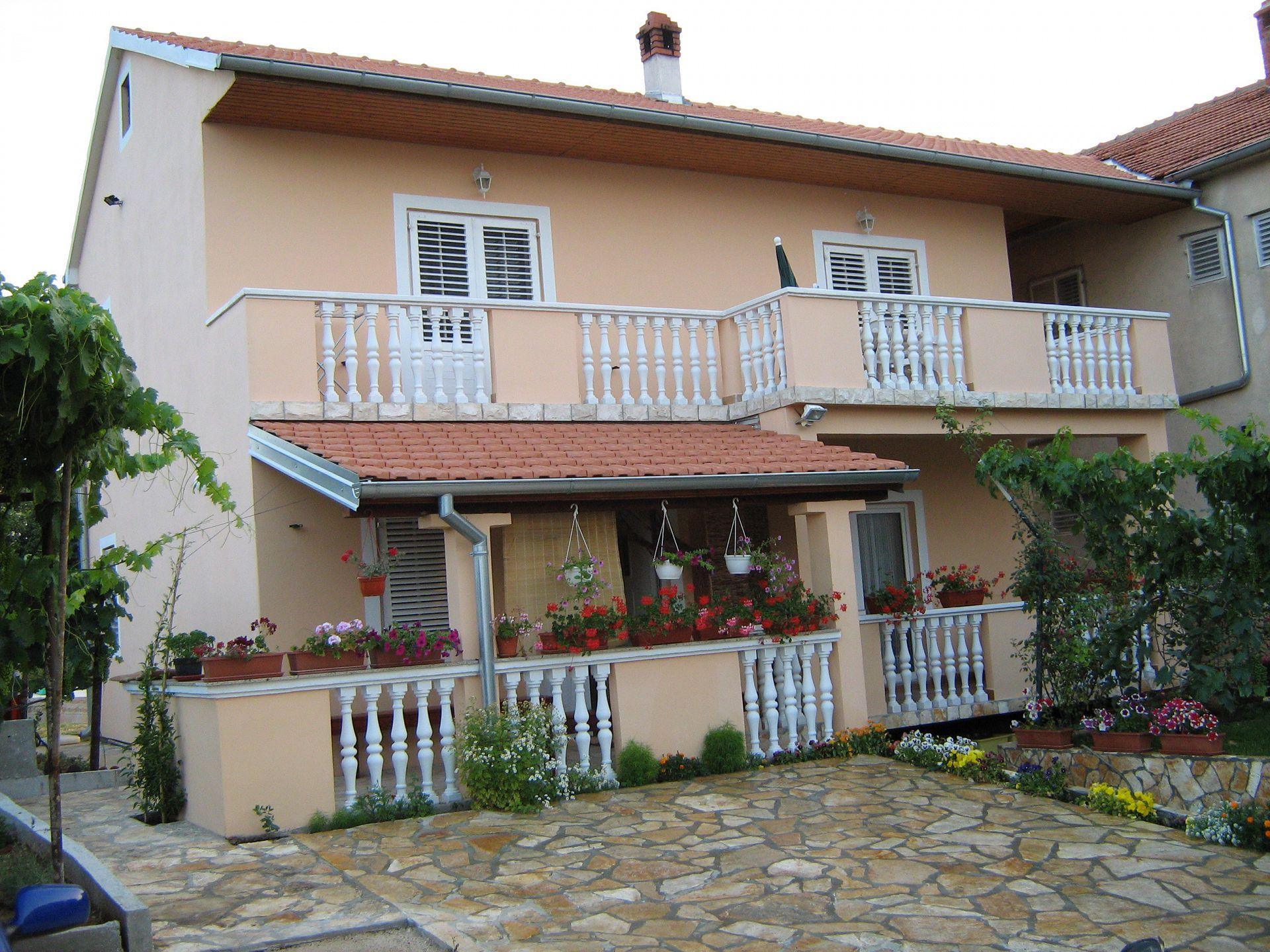 36184 - Kraj - Apartmaji Hrvaška