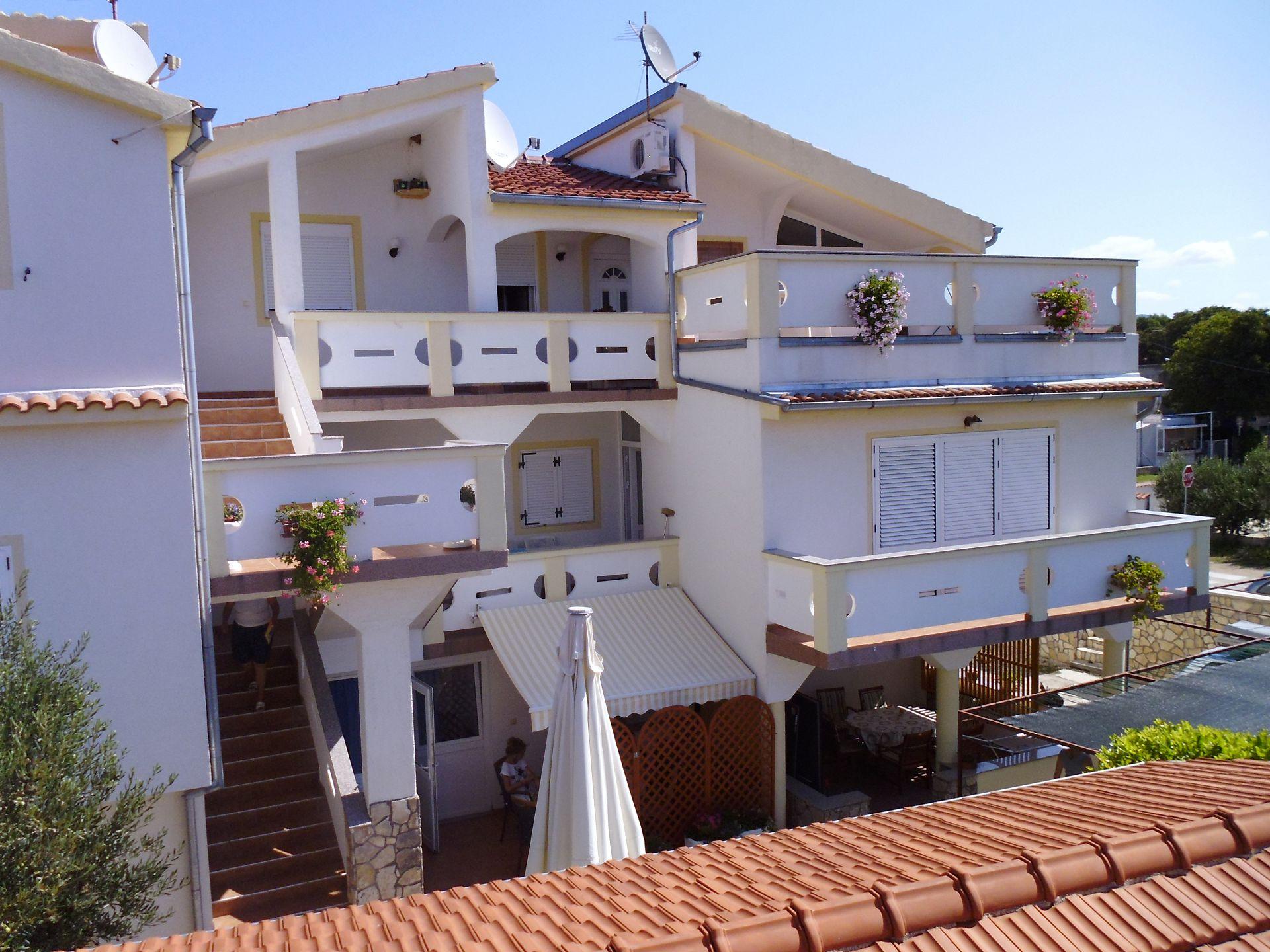 A00106PIRO - Pirovac - Ferienwohnungen Kroatien - Haus