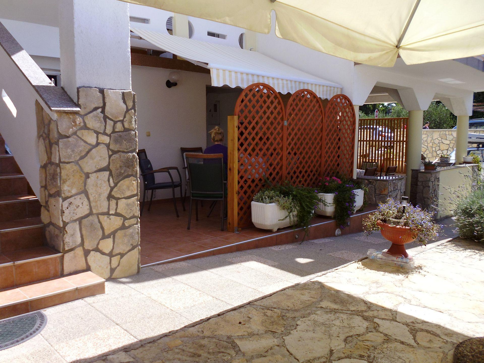 A00106PIRO - Pirovac - Ferienwohnungen Kroatien - SA3(2): Terasse