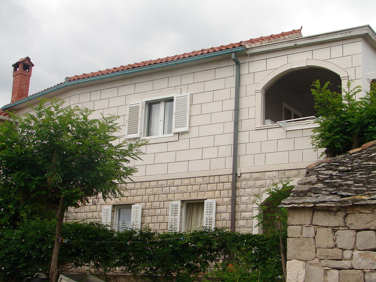 Apartments, Postira, Island of Brač - Apartments  Emilija
