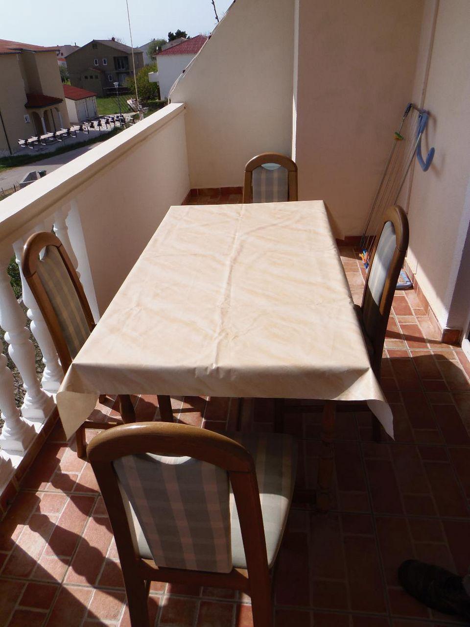2235 - Povljana - Appartementen Kroatië - A2 veliki (2+2): overdekt terras