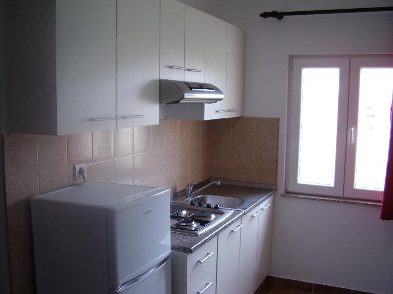 2235 - Povljana - Appartementen Kroatië - A3 donji (2+2): keuken