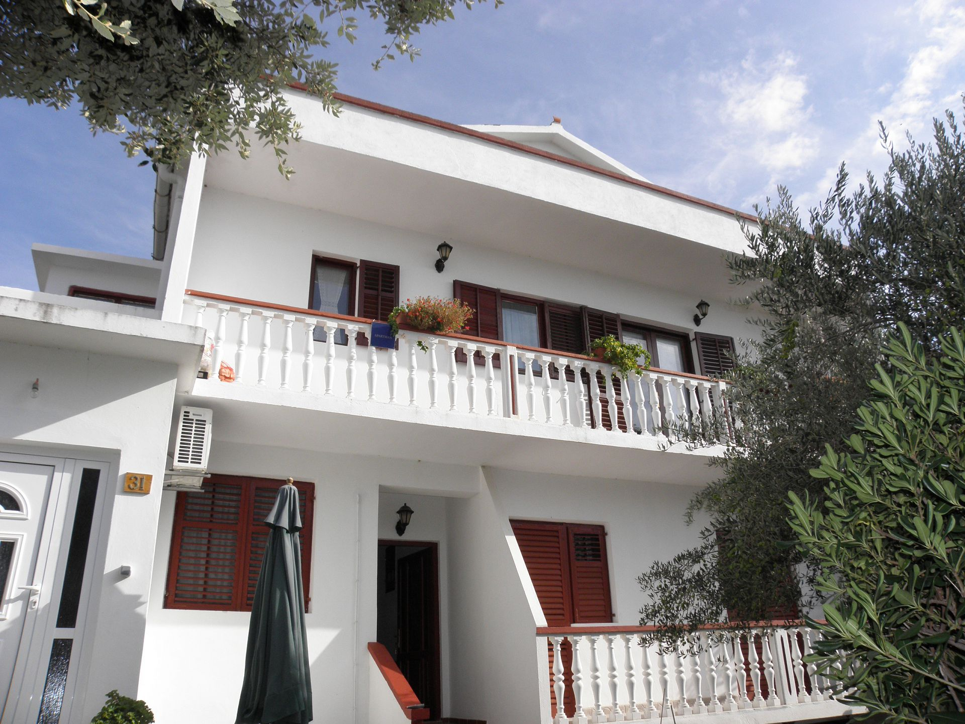 Apartments, Povljana, Island of Pag - Apartments  Pere - parking and barbecue: