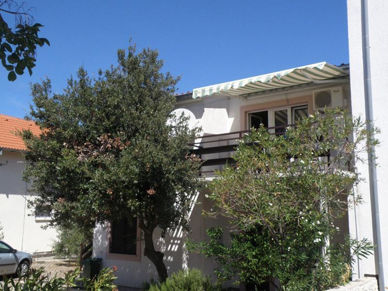 7884  - Jezera - Apartments Croatia - house