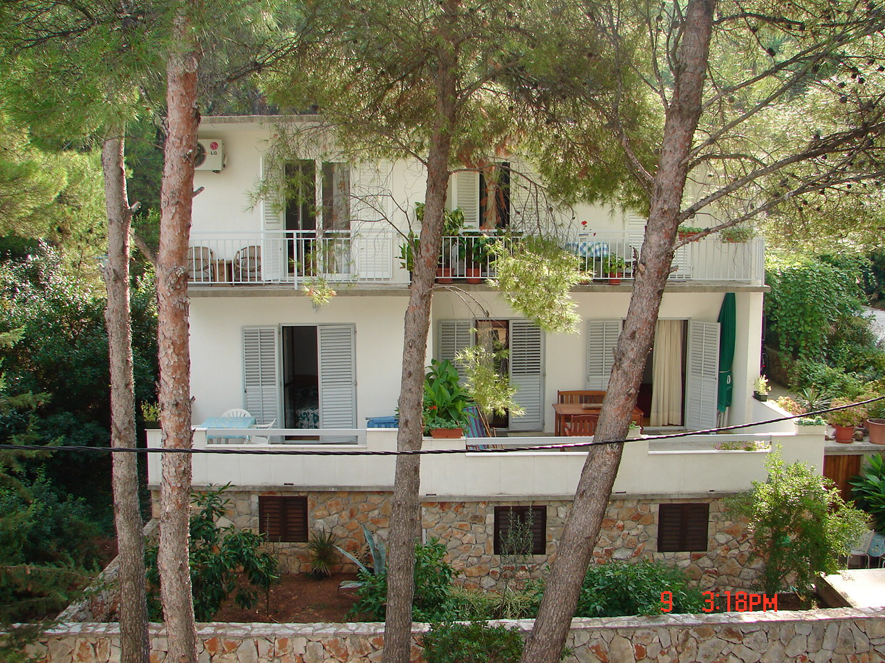 Apartments, Jelsa, Island of Hvar - Apartments  Matkov