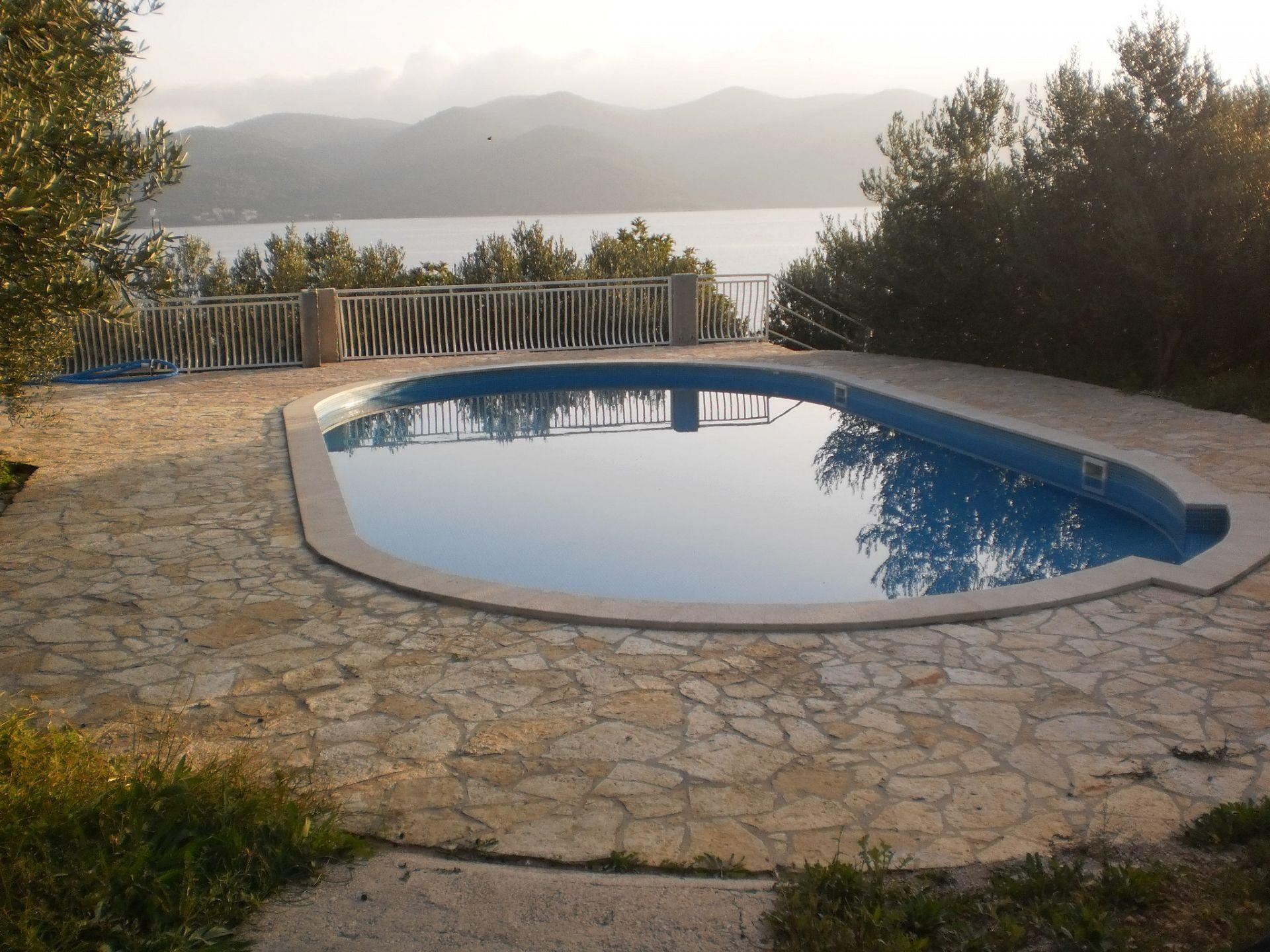 00217VIGA - Viganj - Appartamenti Croazia - la piscina (casa e dintorni)